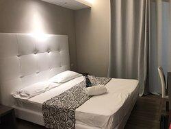 Ottimo hotel, personale super disponibile e gentile. Posizione ottima e pulizia delle camere e dell albergo Eccellente