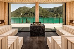 Sauna with spectacular panoramic views of Lake Lugano and the Alps directly from the sauna cabin
