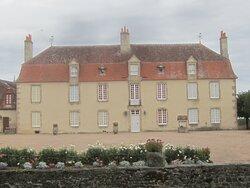 Château du Breuil Yvain. Vue 56. Logis Principal (XVIIIème Siècle). 18 Septembre 2021. Orsennes.