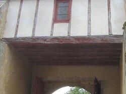 Château du Breuil Yvain. Vue 12. Le Châtelet construit en 1450. 18 Septembre 2021. Orsennes.