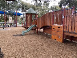 Excellent kids and toddler park, away from main roads, and lots of natural trees and shade. Added bonus of toilets and water fountains.