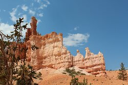 More scenery and rock formations on 4 hour trail ride at Bryce Canyon.