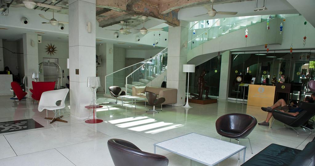 ニュー マジェスティック ホテル