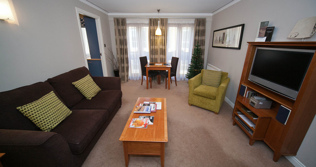 The Knight Residence Edinburgh by Mansley Serviced Apartments