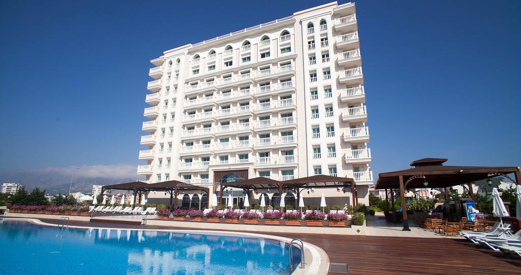 크라운 플라자 호텔 안탈리아