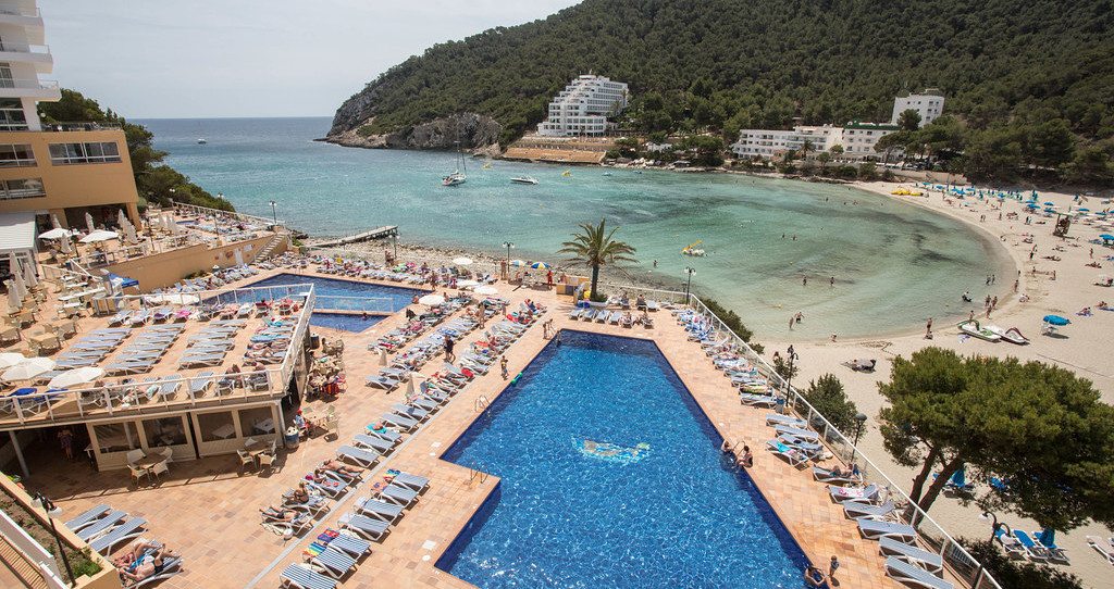 賽輪尼斯卡拉隆加度假酒店