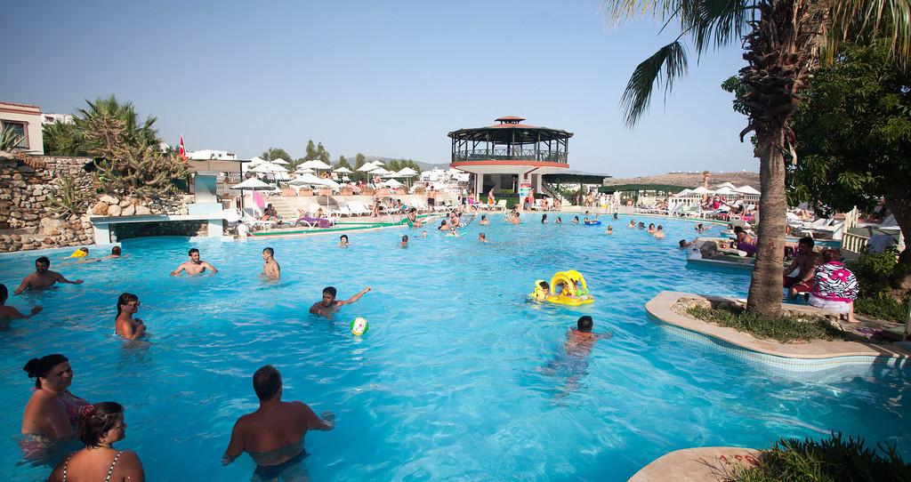 甘比特棕櫚花園飯店