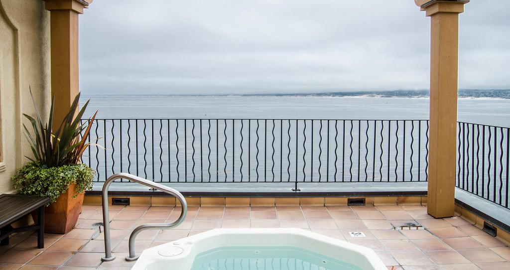 蒙特利湾酒店