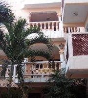 Francis Arlene Hotel