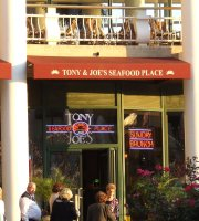 ‪Tony & Joe's Seafood Place‬