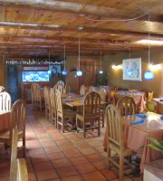 Landlocked Restaurant & Bar