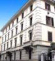 Lombardi Hotel