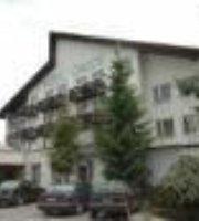 Hotel Cingov