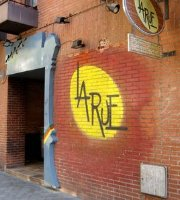 La Rue Pub