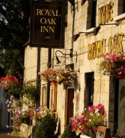 ‪Royal Oak Inn‬