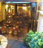 Santa Monica Pub