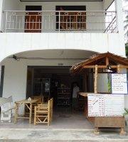 P Mas Shops