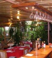 Las Marias Restaurant & Grill