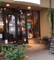 The Wooden Vine Wine Bar & Bistro