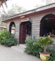 Nefertiti Beach Bar & Restaurant