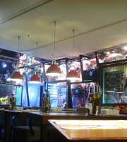 Happy Rock Bar&Grill