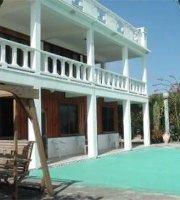 Casa Blanca by the Sea Hotel