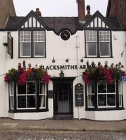 ‪The Blacksmiths Arms‬