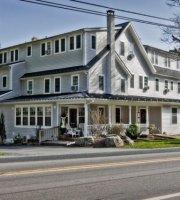 The Frogtown Inn & 6 Acres Restaurant