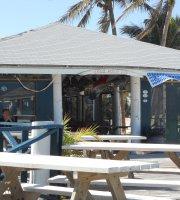 Coco Beach Bar & Grill