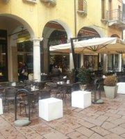 Bar Venezia Caffe Letterario