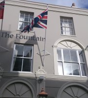 ‪The Fountain Inn‬