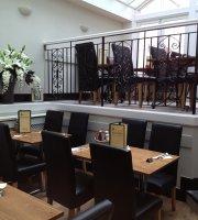 Green Goose Cafe Bistro