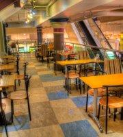 Cafe Mezzo