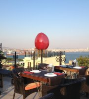 Tria Elegance Restaurant