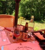 Cafe Bistro les Trois Graces