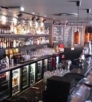 Cafe Con Bar