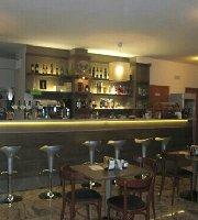 Bar Daniel