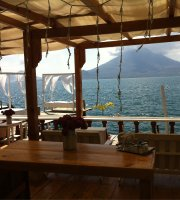 La Casa Rosa - Lake Atitlan Hotel