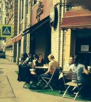 Cafe Jules