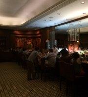Roosevelt Hotel Bar