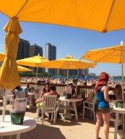 Oak Street Beach Food & Drink