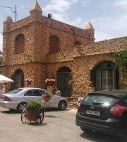 El Castillo Del Pinar