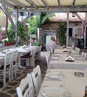 Eukaliptos Tavern