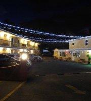 Lakeside Villa Inn & Suites