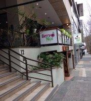 Berry Nice Cafe