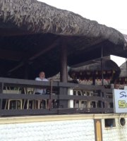 Seabay Surf Resort - Beachside Restaurant