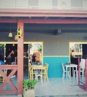 Madá Café Bar