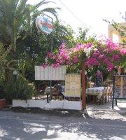 Manoussos Taverna