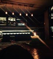 Klaustur Bar
