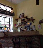 Tuyuty Pub Cafe - Oficial